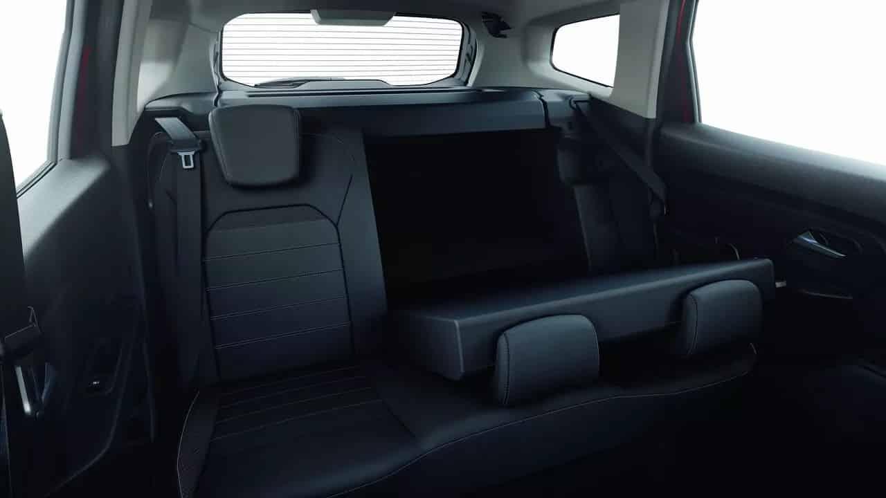 Оновлений Renault DUSTER  фото интерьера 3