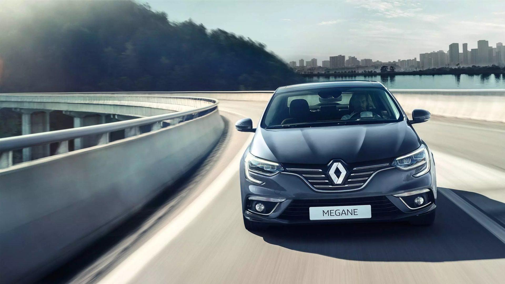 Renault MEGANE (салон) фото 4