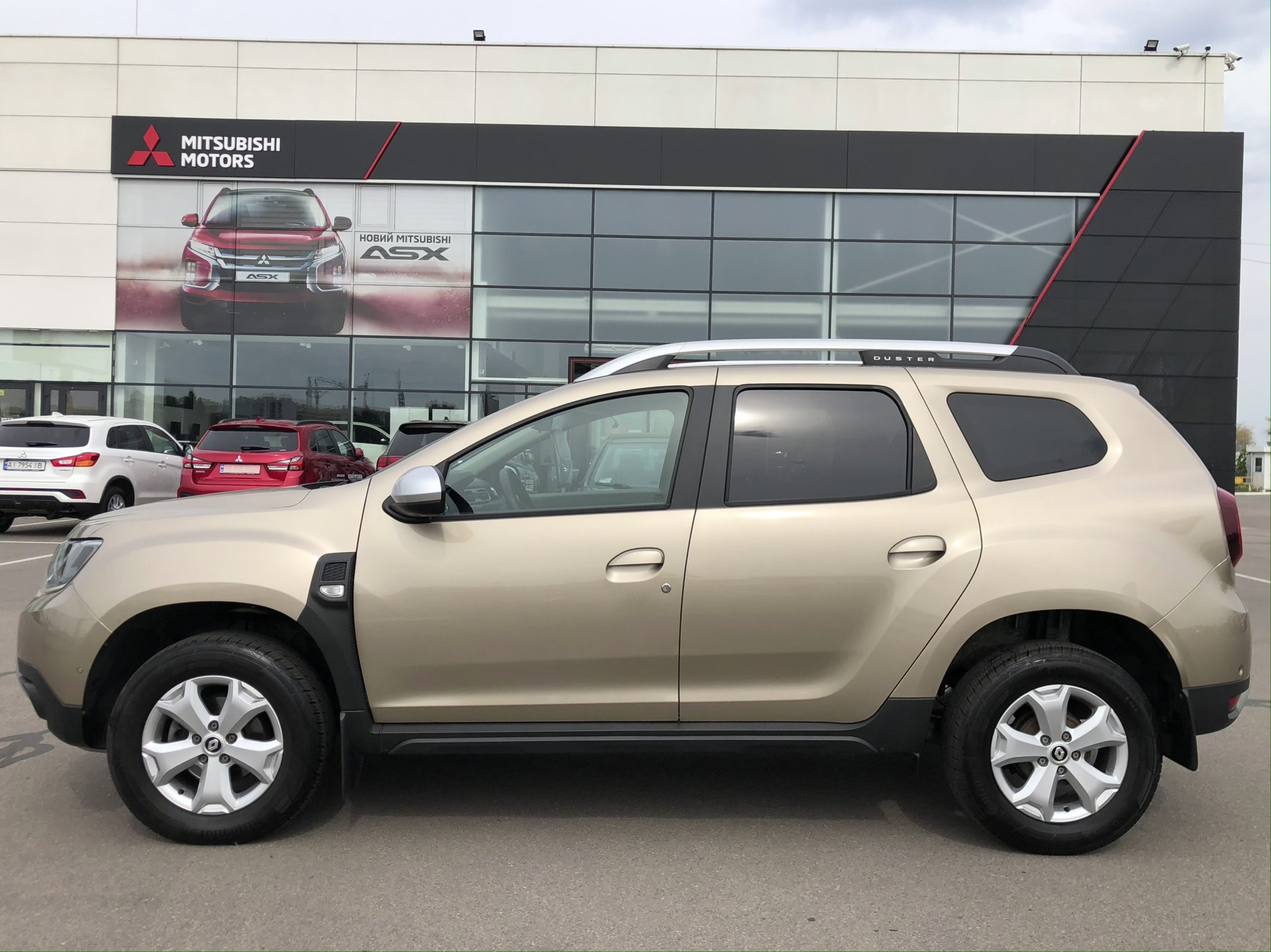 Renault Duster фото 3