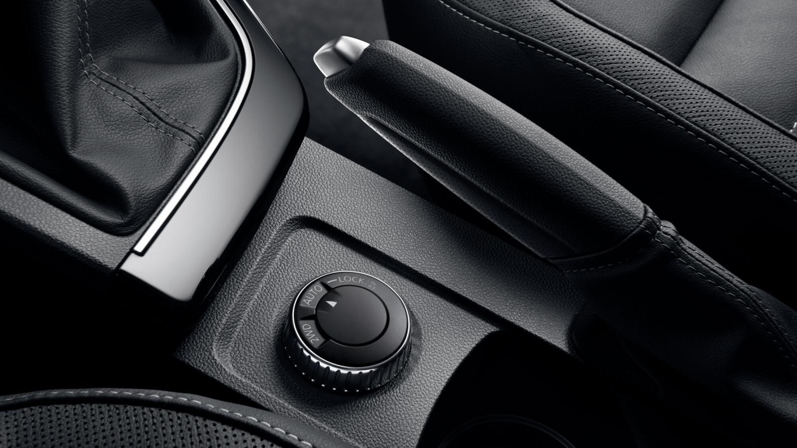 НОВИЙ Renault ARKANA  фото интерьера 3