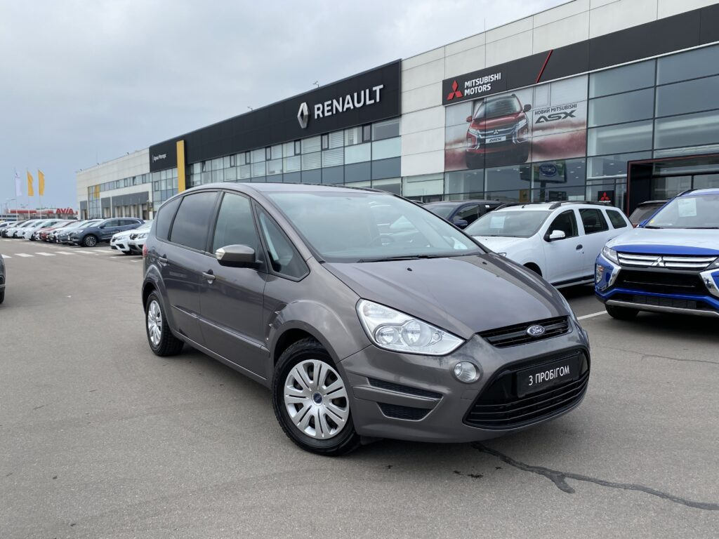 Ford S-Maxфото