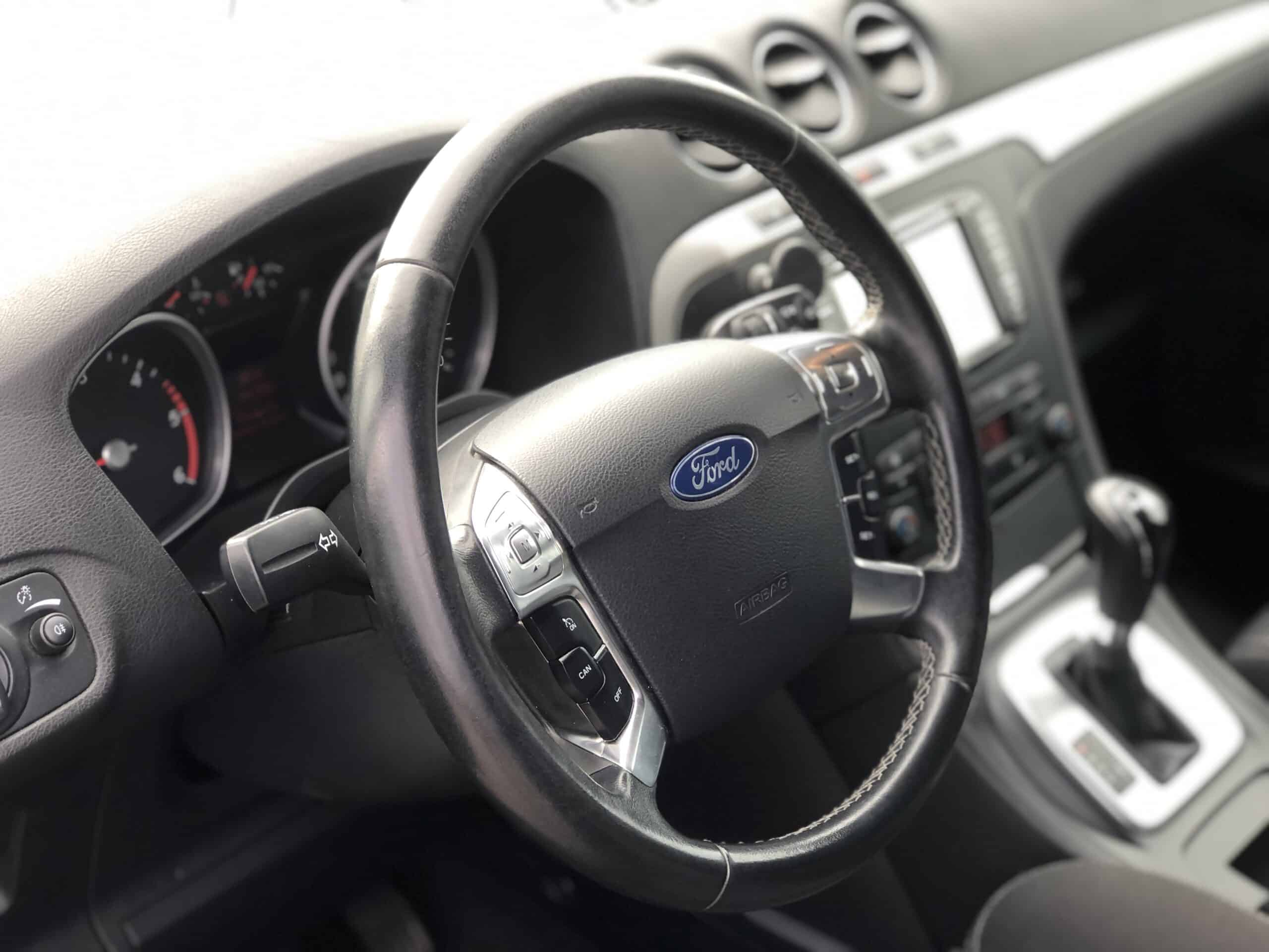 Ford S-Max фото 3