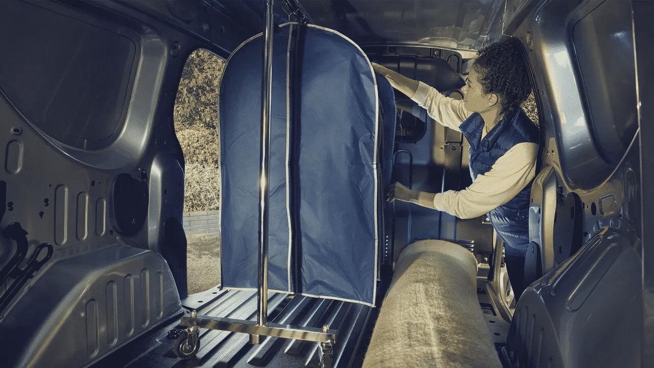 Новий Renault EXPRESS фургон  фото интерьера 3